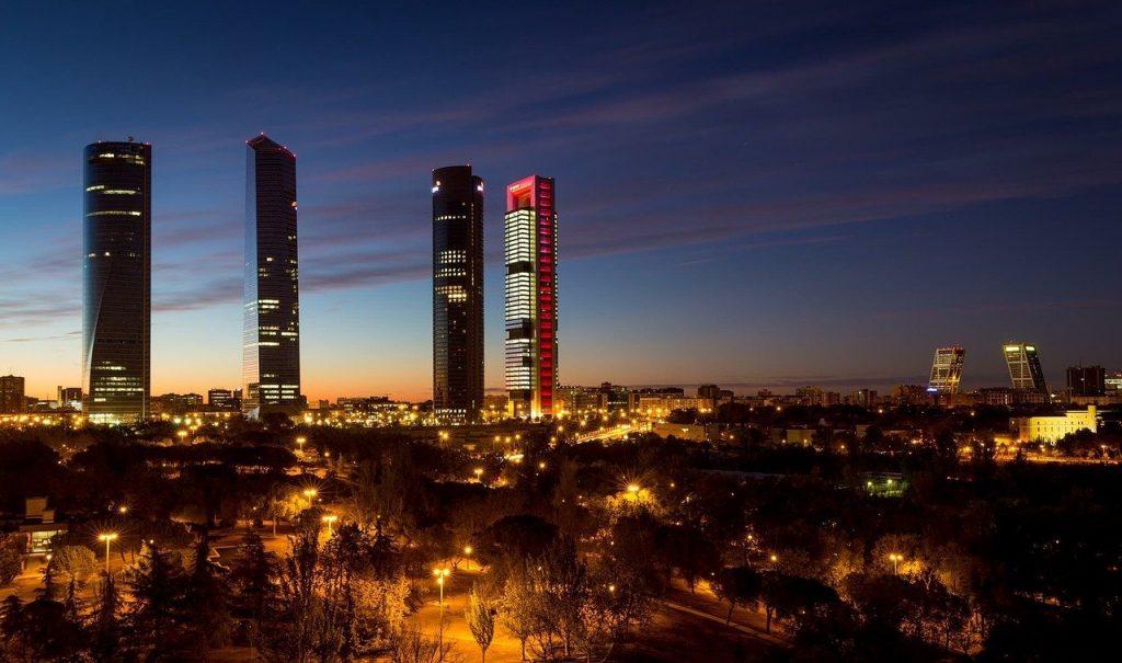 une vue de Madrid, la capitale de l'Espagne