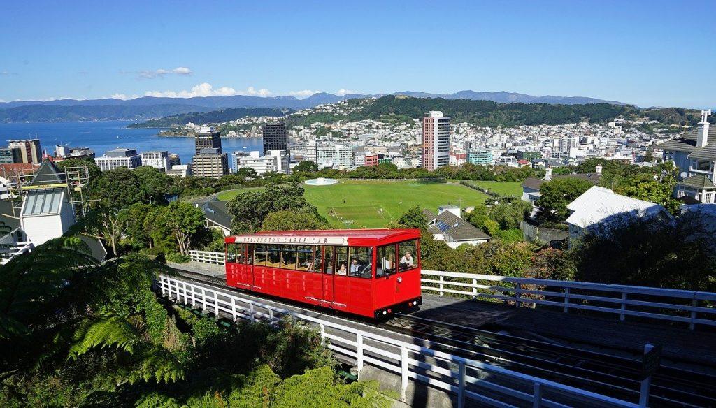 passage du téléphérique à Wellington en Nouvelle-Zélande